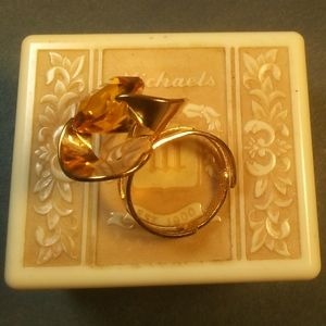 RARE Retro Vintage Sarah Coventry Ring